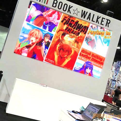 さらに「BOOK☆WALKER」様のブースにて、ゲリラサイン会も実施。 その場で知った方に、目の前で「KUMO KAGYU? Oh! Jesus!」と言われてみたり。