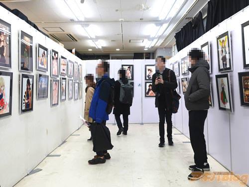 「笹森トモエイラスト展2」会場内の様子